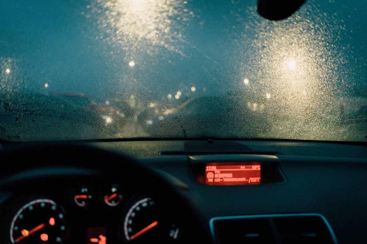 automobile_automotive_blur_bokeh_car_car_interior_dashboard_drive-1554369
